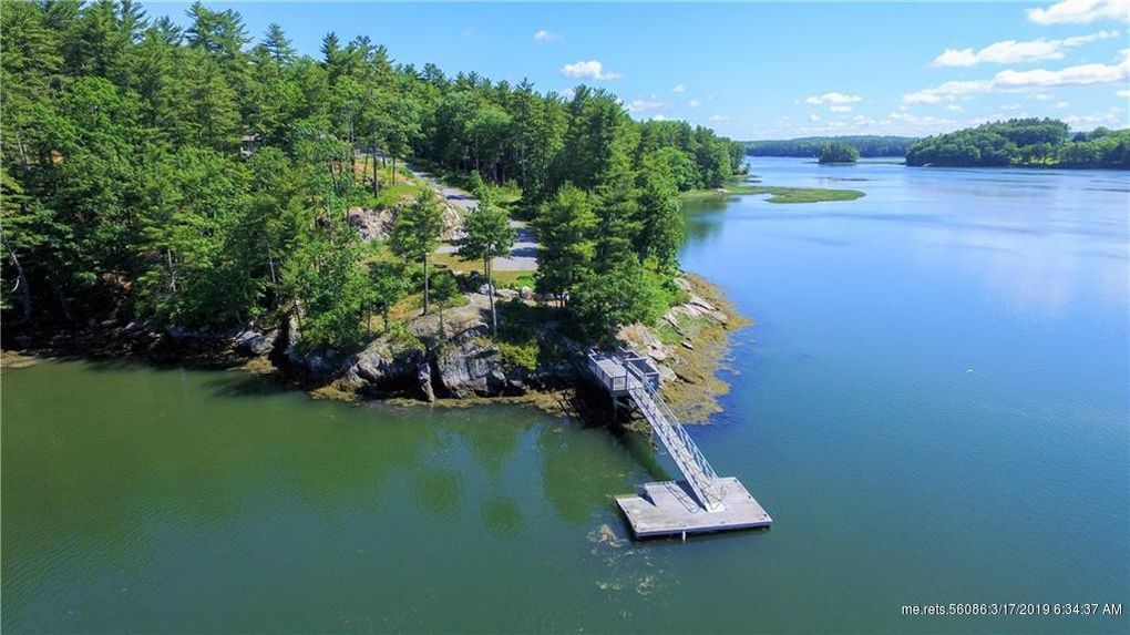 96 River Point Rd, Wiscasset, ME 04578