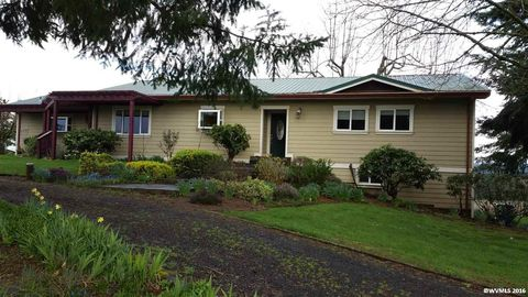 6936 Grandview Ave Se, Scotts Mills, OR 97375