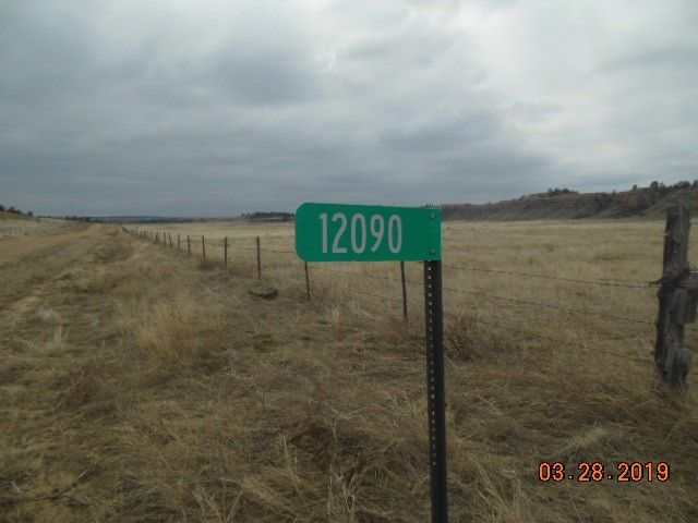 12090 Rocky Ford Rd, Hot Springs, SD 57747