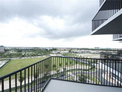 5300 Paseo Blvd Unit 709, Doral, FL 33166