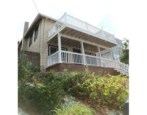 43 Orleans St, Hull, MA 02045