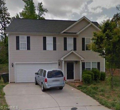 6 Sherbourne Ct, Greensboro, NC 27405