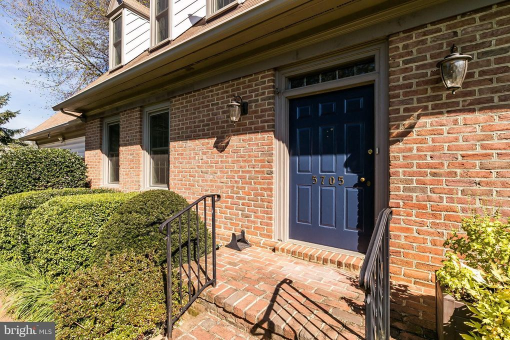 5705 Downing Pl, Baltimore, MD 21212
