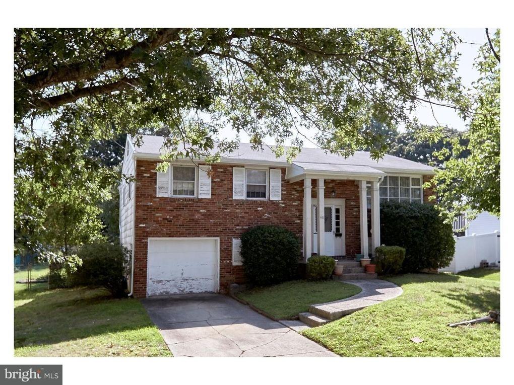 Phenomenal 110 Apple Ln Mount Laurel Nj 08054 Home Interior And Landscaping Mentranervesignezvosmurscom