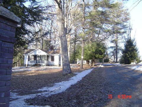Photo of 195 Lake View Dr, Ny, NY 12743