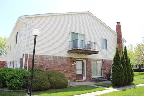 31630 Breezeway, Chesterfield Township, MI 48047