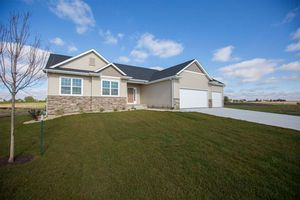 1229 Partridge Ln Waterloo IA 50701