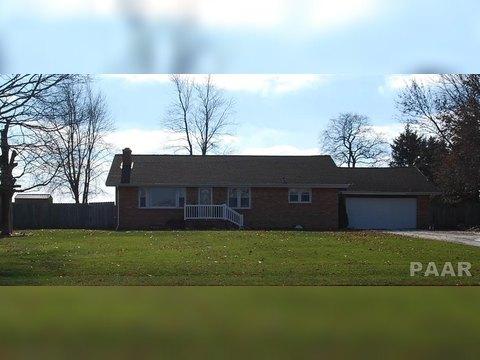 18318 W Farmington Rd, Trivoli, IL 61569