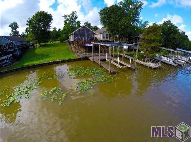 Homes For Sale On The Diversion Canal In Louisiana