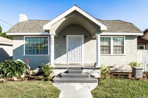 6608 Pine Ave, Bell, CA 90201
