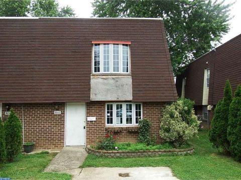9843 Bonner St, Philadelphia, PA 19115