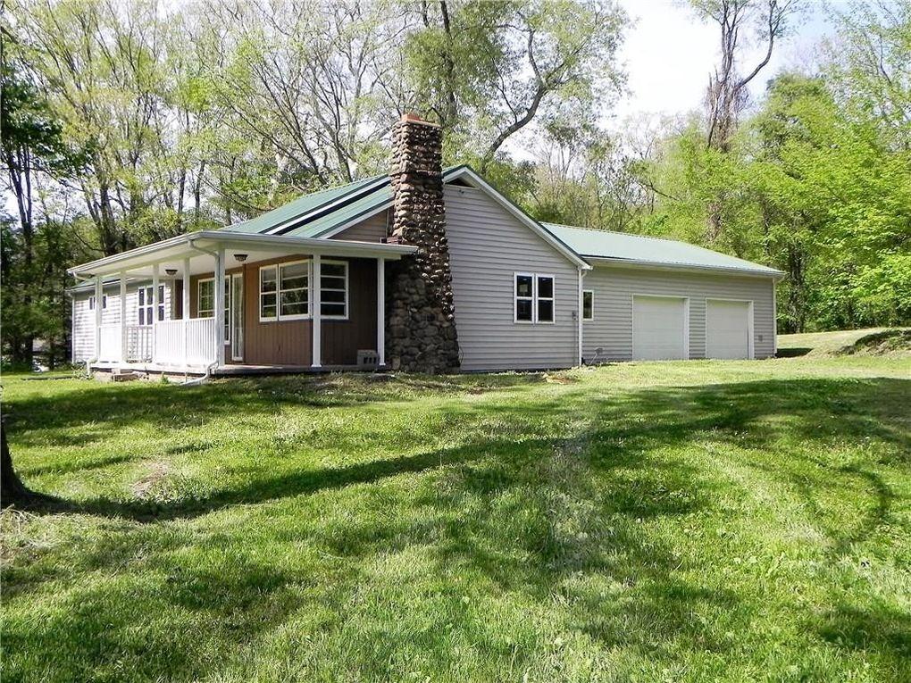 7350 Schreck Rd, Meadville, PA 16335