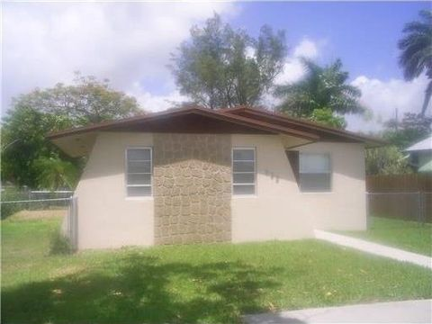 622 Nw 6th Ave, Homestead, FL 33030