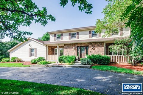 Photo of 15 Sequoia Rd, Hawthorn Woods, IL 60047