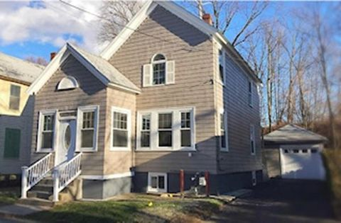 Photo of 134 Newton St, Lawrence, MA 01843