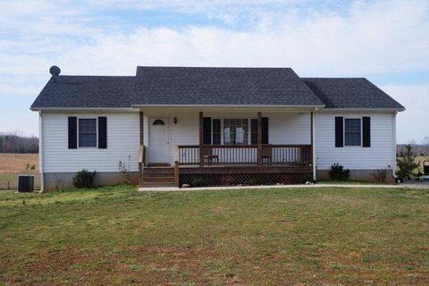 301 Schoolhouse Rd, Farmville, VA 23901