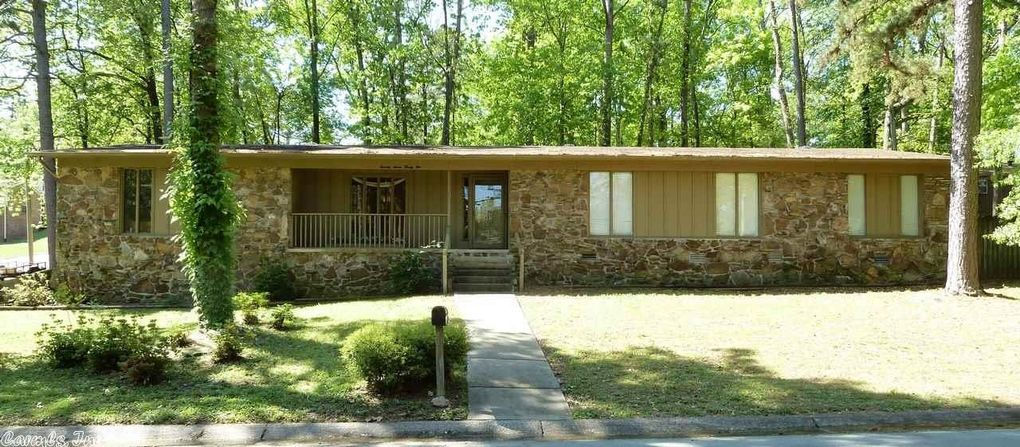 7721 Standish Rd, Little Rock, AR 72204