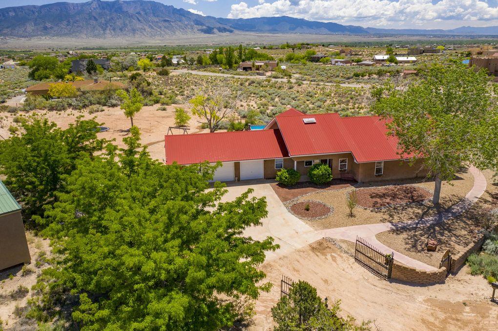 1811 Alif Rd NE Rio Rancho, NM 87144