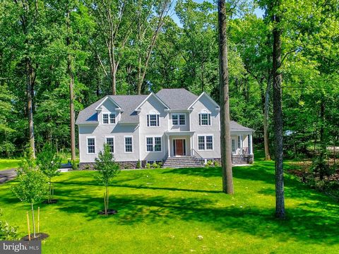 Photo of 2607 Chestnut Woods Ct, Reisterstown, MD 21136