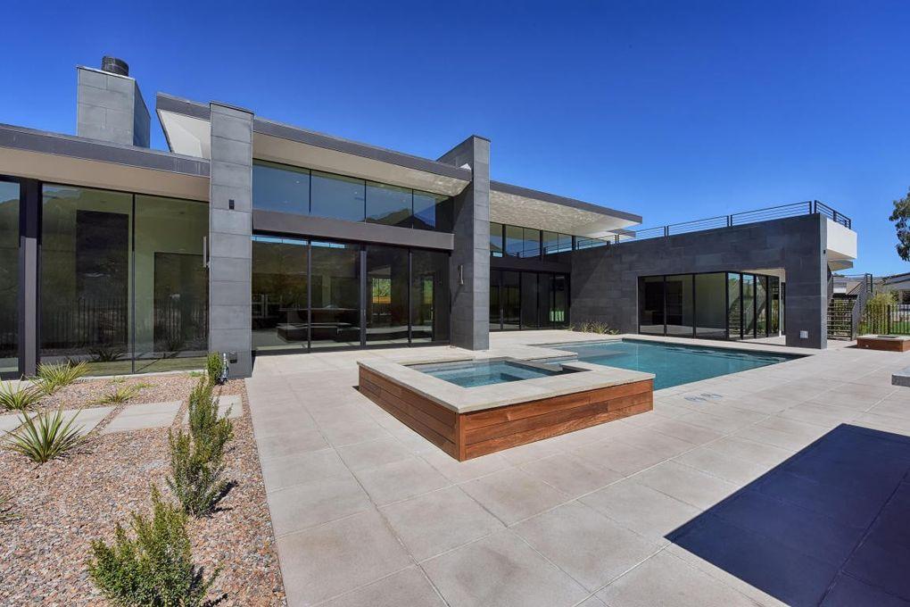 6136 N 52nd Pl, Paradise Valley, AZ 85253