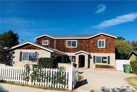 Photo of 23351 Hamlin St, West Hills, CA 91307