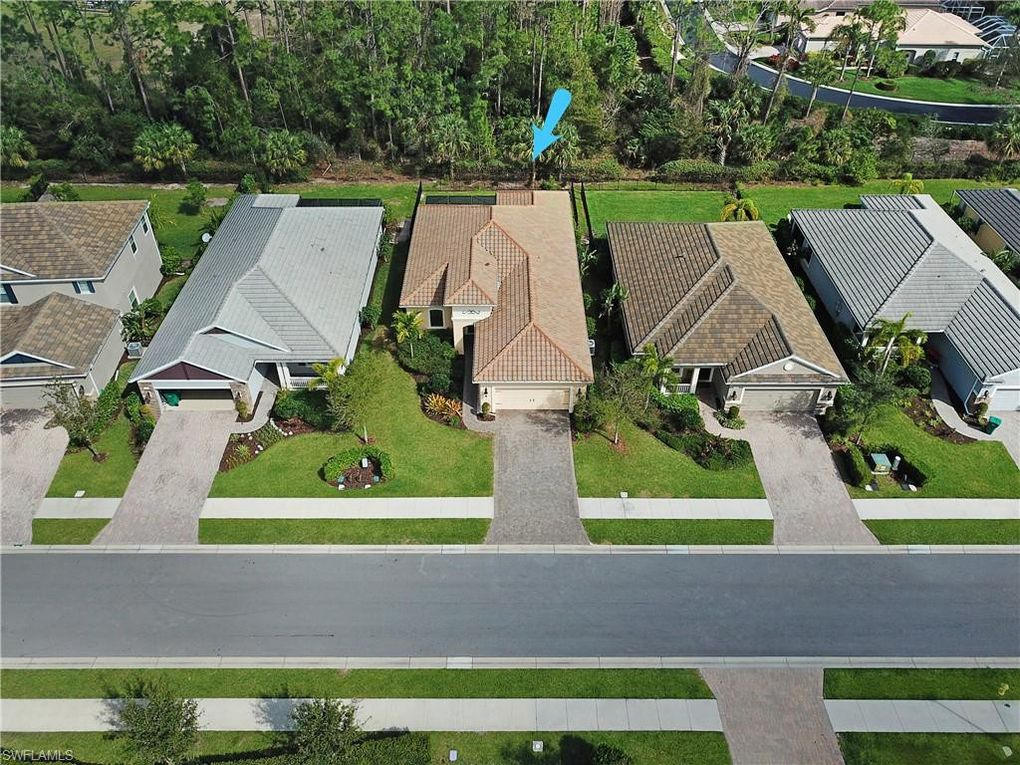 3613 Canopy Cir, Naples, FL 34120