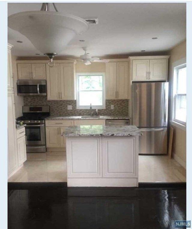 114 Knickerbocker Rd Englewood NJ 07631