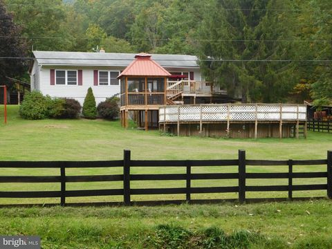4515 Lower Arkansaw Rd, Baker, WV 26801