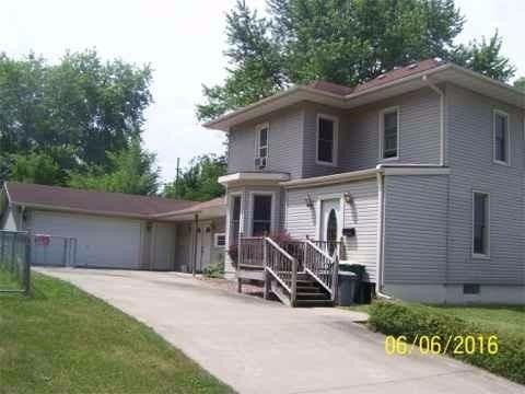 614 W Monroe Ave, Fairfield, IA 52556