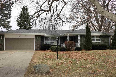 Rockford Il Luxury Apartments For Rent Realtorcom