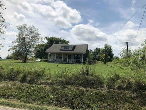 Photo of 10907 Mt Carmel Rd, White Plains, KY 42464