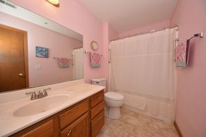 18725 Emerald Cir Unit A, Brookfield, WI 53045 - Bathroom