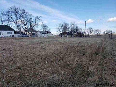Photo of 125 S Clay Ave, Clay Center, NE 68933