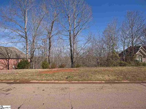 Photo of 137 Turnberry Rd, Anderson, SC 29621
