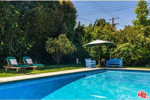 739 Swarthmore Ave, Pacific Palisades, CA 90272