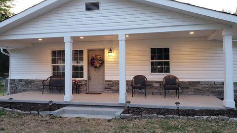 Photo of 133 Hamilton Ave, Lenoir City, TN 37771