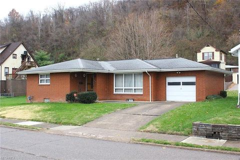 451 Sinclair Ave, Yorkville, OH 43971