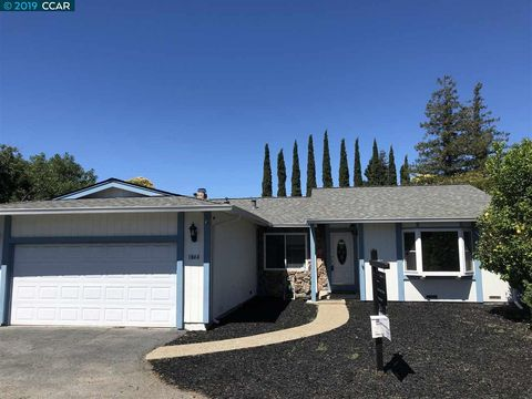 Photo of 1844 Lynwood Dr, Concord, CA 94519