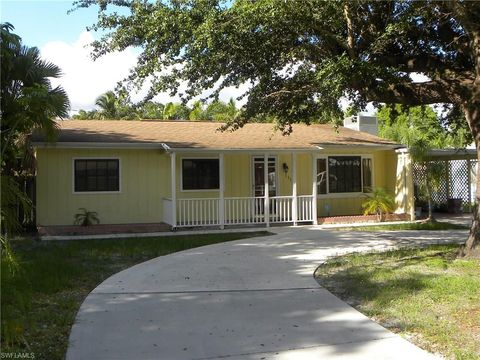 Photo of 1534 Coconut Dr, Fort Myers, FL 33901