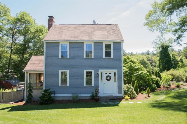 36 Old Mill Ln Plymouth Ma 02360 3 Beds 2 Baths Home