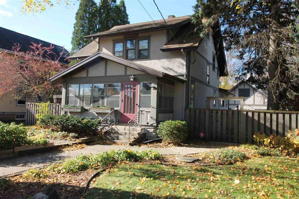 138 Forest Park Blvd Janesville WI 53545