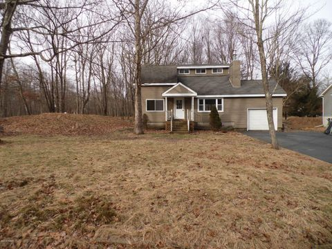 Photo of 164 Heather Hill Rd, Dingmans Ferry, PA 18328