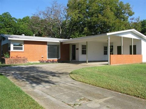 75228 real estate dallas tx 75228 homes for sale for Casas modernas llc west 12th street dallas tx
