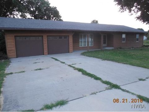771 Country Club Dr, Akron, IA 51001