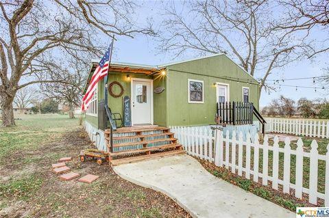 407 N Bumblebee Dr, Little River Academy, TX 76554