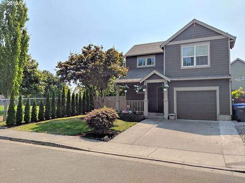 Photo of 998 Rupp Ave Ne, Keizer, OR 97303