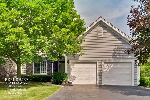 500 Andover Ct, Lake Forest, IL 60045