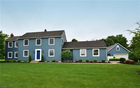18882 Vermont St, Grafton, OH 44044