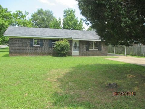 108 Wofford Dr, Houston, MS 38851