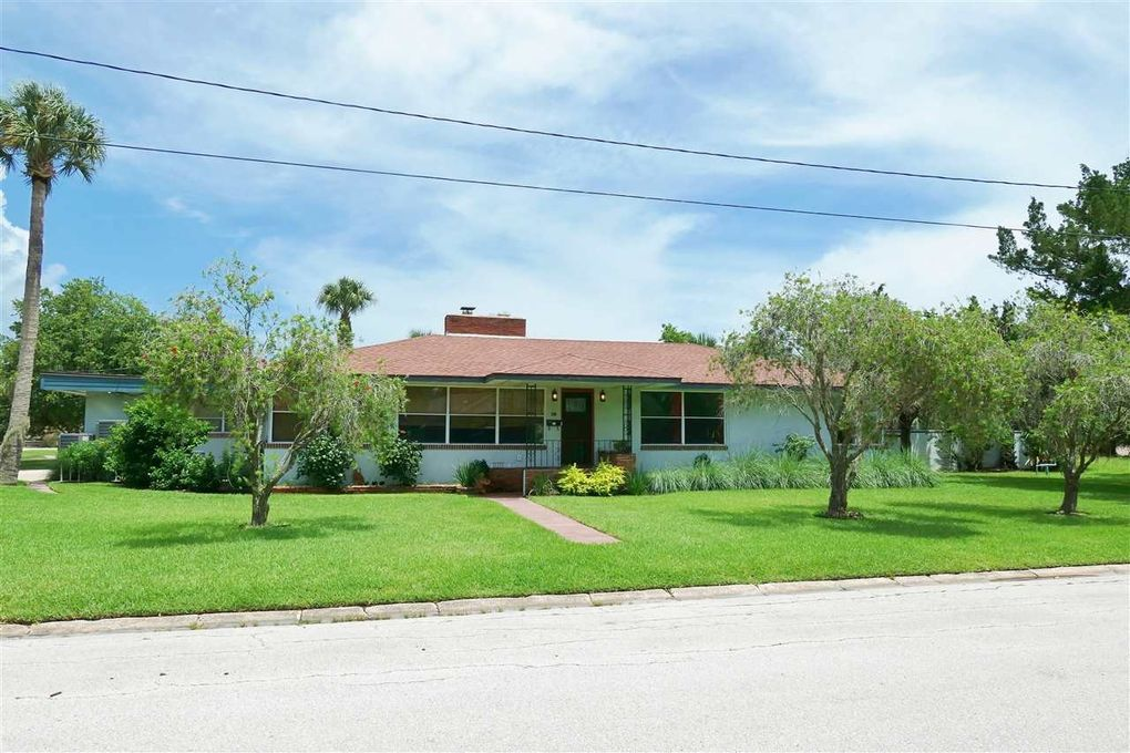 200 Zoratoa Ave, St Augustine, FL 32080